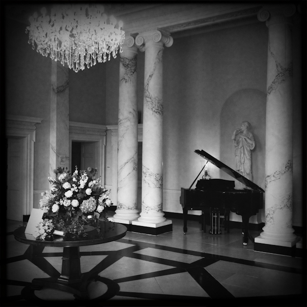 BOTLEYS MANSION WEDDING PHOTOGARPHER IPHONE