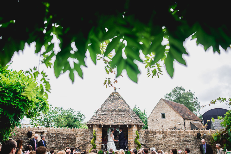 061-winkworth-farm-wedding-wiltshire-photographers