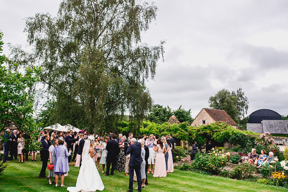 080-winkworth-farm-wedding-wiltshire-photographers