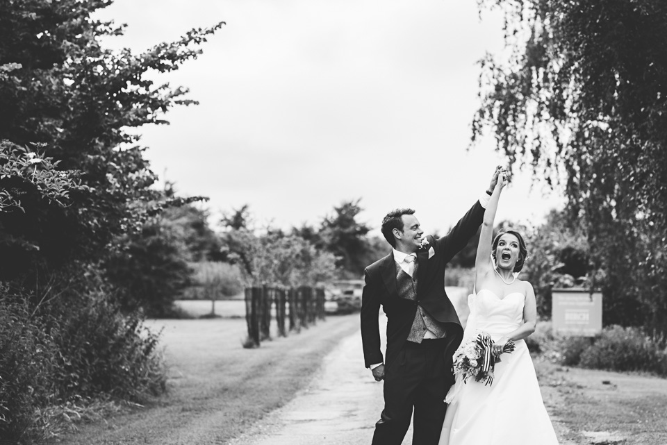 089-winkworth-farm-wedding-wiltshire-photographers