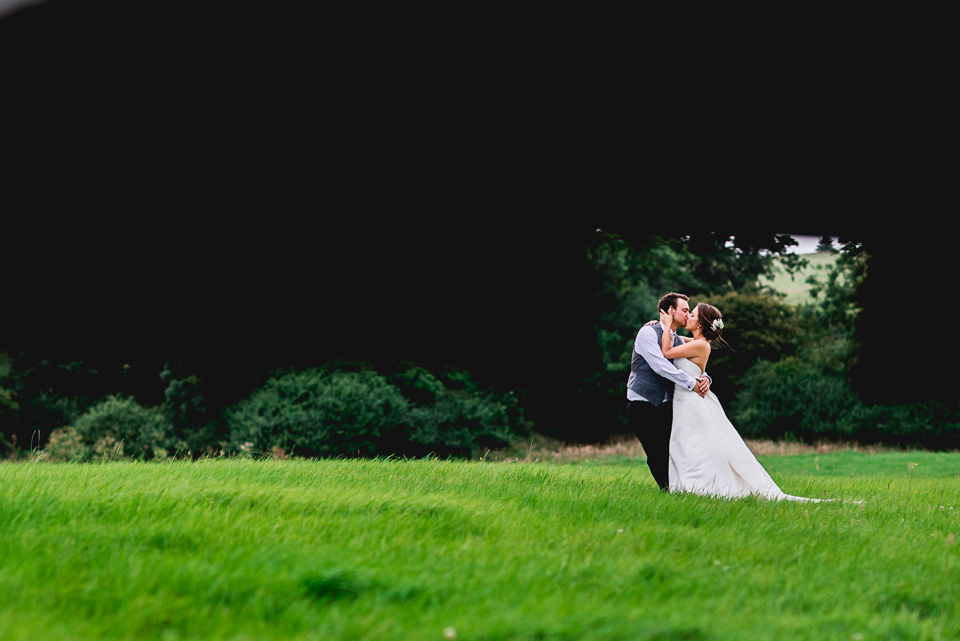114-winkworth-farm-wedding-wiltshire-photographers