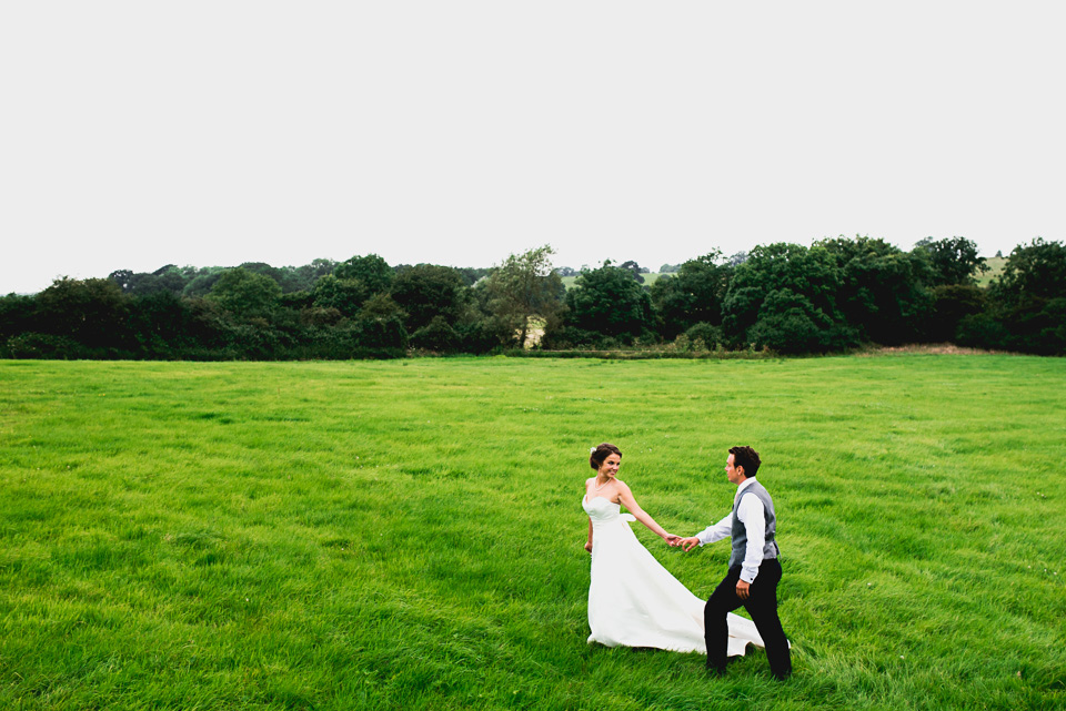119-winkworth-farm-wedding-wiltshire-photographers