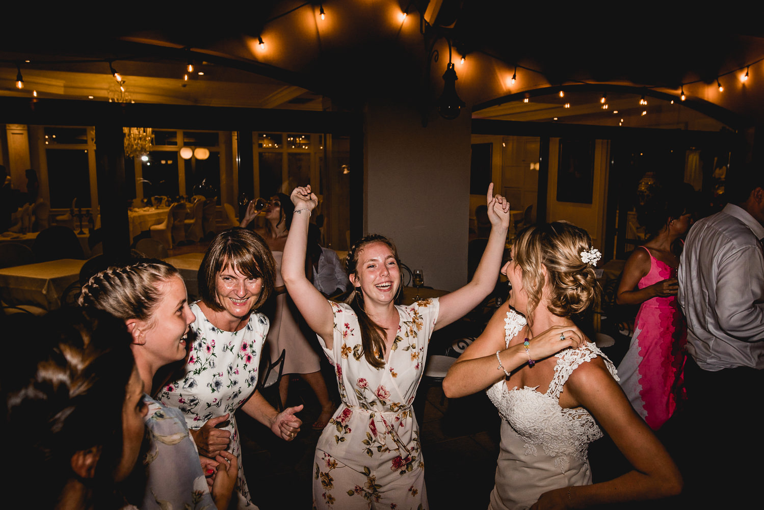 wedding dancing riva del garda