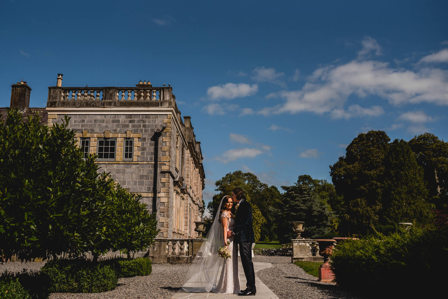 Sunny Gloster House Summer wedding